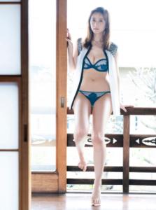 小松彩夏 無料画像